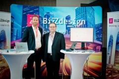 Aussteller im Foyer - Premium-Aussteller BiZZdesign