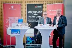 Aussteller im Foyer - Premium-Aussteller Couchbase Germany