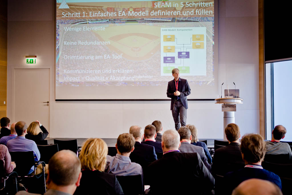 "Dr. Lukas Jahnke & Andreas Tiroke (Schwäbisch Hall Kreditservice GmbH) ""SEAM Solution Enterprise Architecture Management"" - Vortrag Track 1"