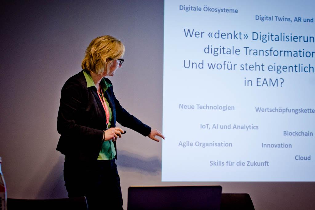 """Dr. Petra Zimmermann (Vorwerk International) """" Positionierung von EAM als Vordenker und Taktgeber"""" - Vortrag Track 2"""