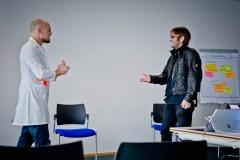 """David Tanzer /davidtanzer.net) & Tim Bourguignon (MATHEMA GmbH) """"Agilität - 2 Schritte zurück.."""" - Vortrag Track 3"""